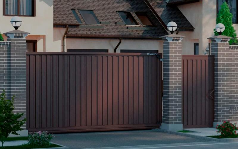 Как выбрать ворота для жилого дома