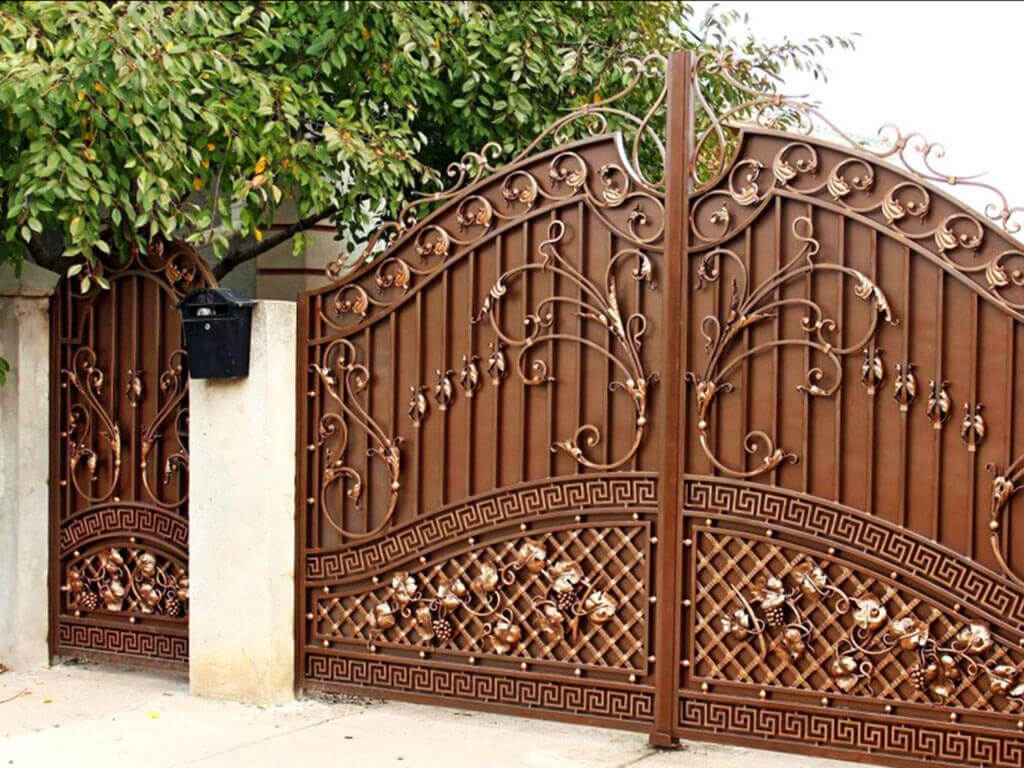 Фотографии кованых ворот фото 12