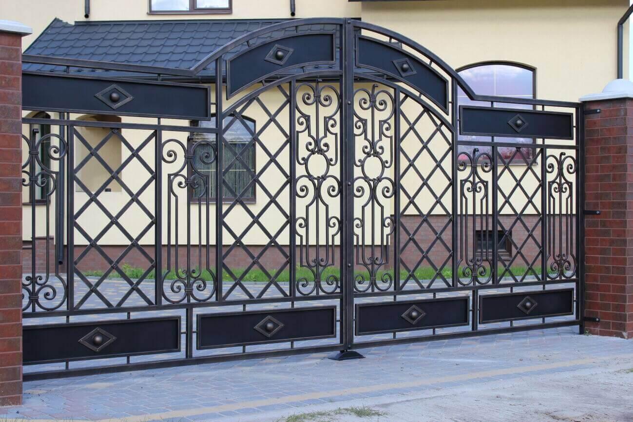Фотографии кованых ворот фото 2